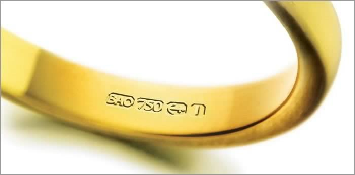 gold hallmarks on a gold ring